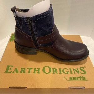 Earth Origins Paris Leather/Suede Ankle Boots